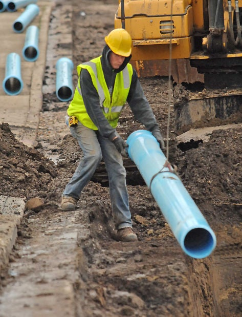 What Does laying pipe Mean?   Slang by Dictionary com